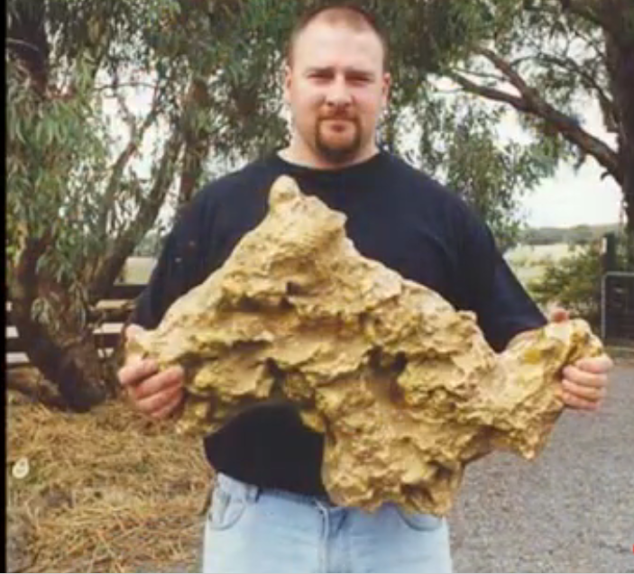 El oro y su extracción. Vídeo sobre Historia y Geología Captura_de_pantalla_-_030815_-_18_07_06