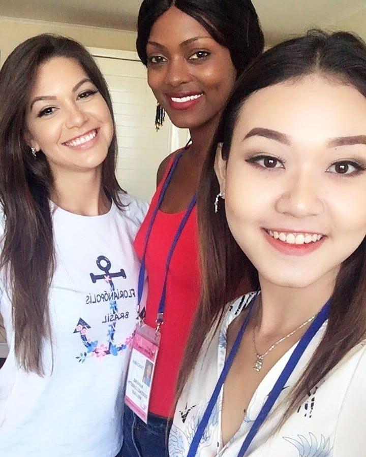 carolina schuler, 3rd runner-up de miss asia pacific international 2019/miss brasil universitaria 2017. - Página 2 24796256_938360996310966_8946517422653758124_n