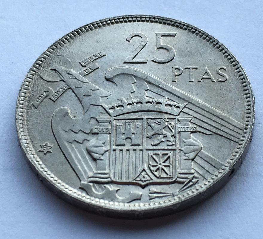 25 pesetas 1957 (*67). Estado Español. Opinión IMG_8308