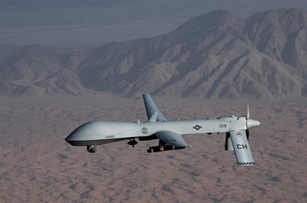 DRONE MQ-1A/B PREDATOR 1672_rd