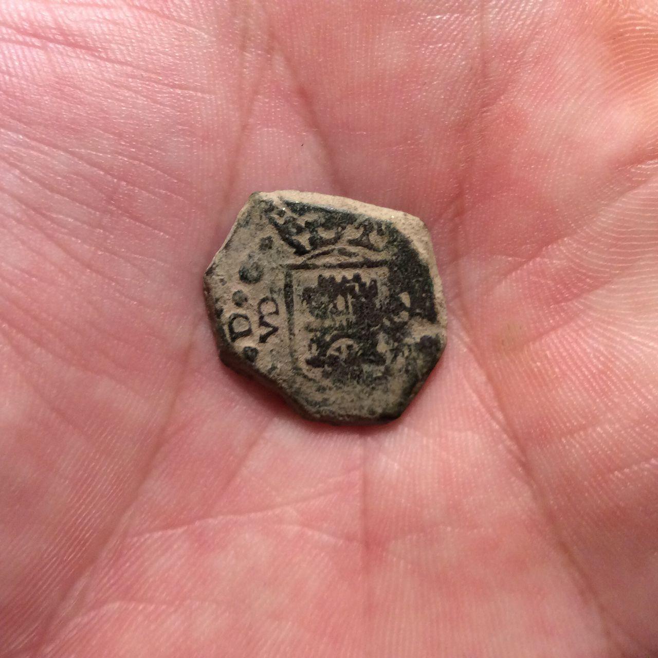 2 maravedís 1681. Carlos II. Valladolid Image