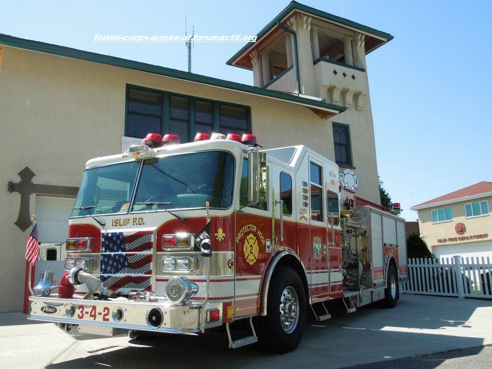 Pompiers Américains / Ambulances Américaines 292513_10150990349018032_176081912_n