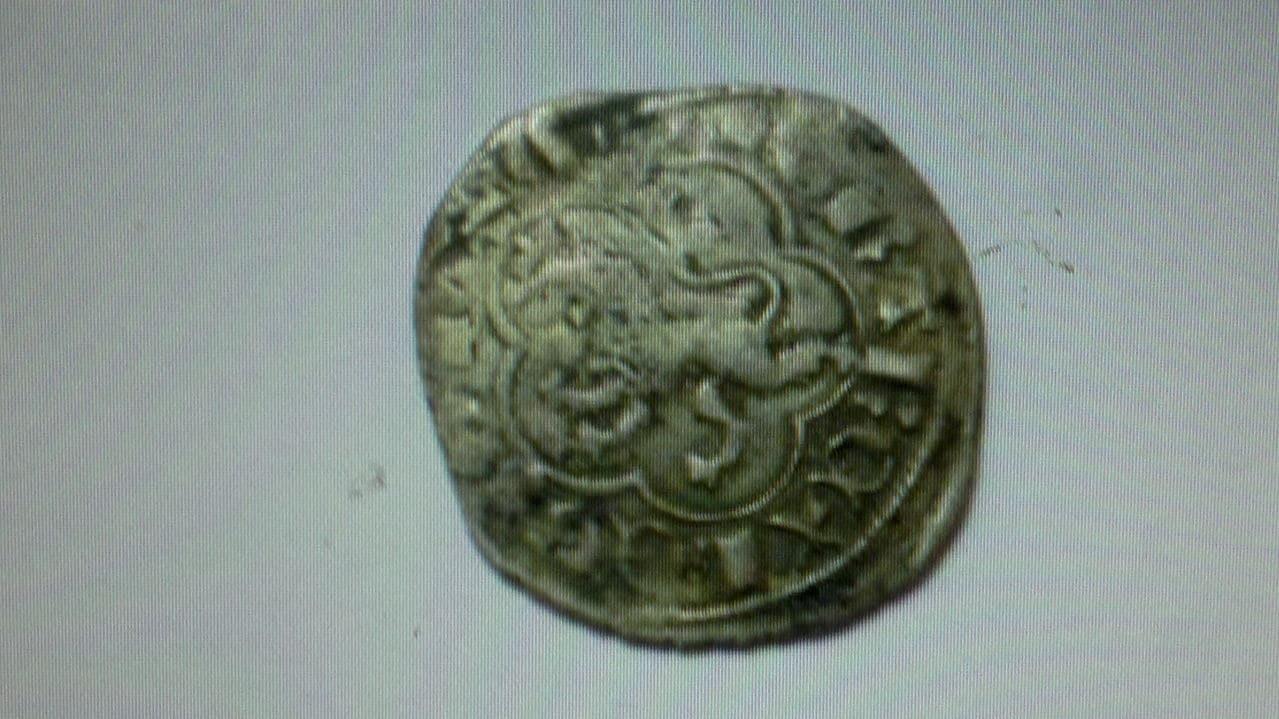 Dinero de Alfonso XI (1312-1350) de Sevilla (Sitio de Algeciras) 2013_10_28_2961