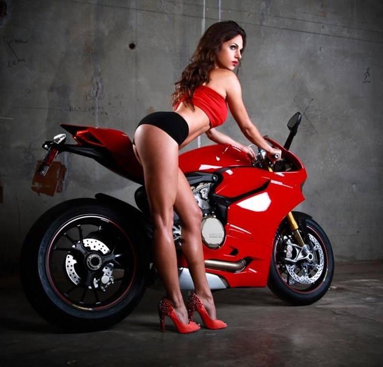 Ljepotice i motori - Page 20 10356395_395029477317444_6938204304203081651_n