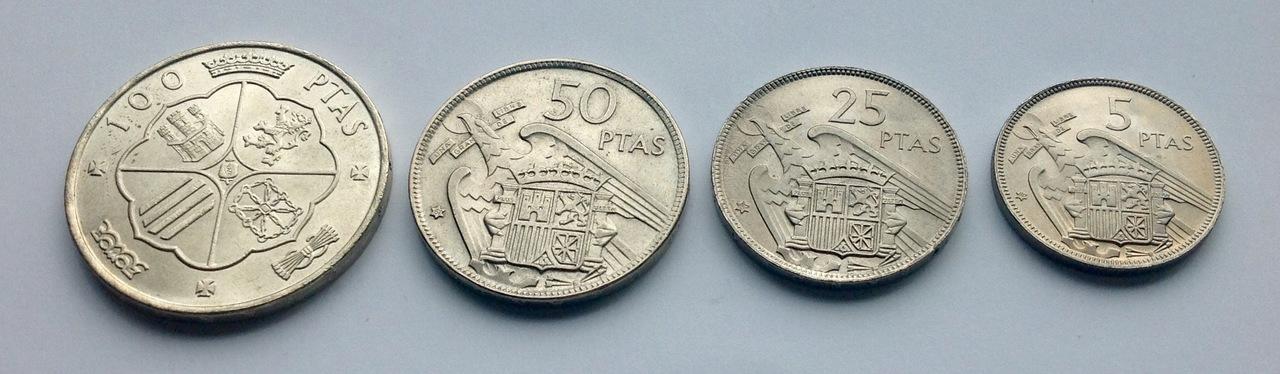 25 pesetas 1957 (*67). Estado Español. Opinión IMG_3528