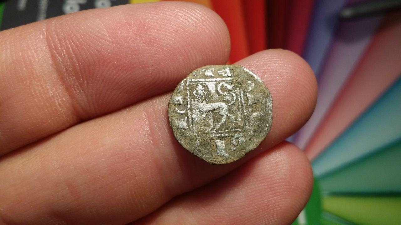 Noven de Alfonso XI de Castilla 1312-1350 Sevilla. Sevilla_a