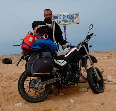 Aventura Africana con una Tango 250 Mas de 15000 Km 1013178_586395568088101_432502143_n