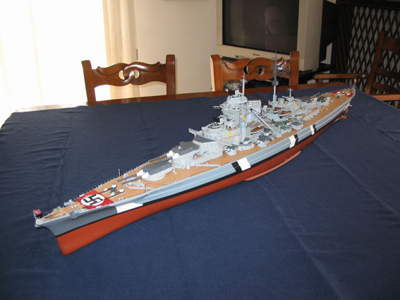 Bismarck amati/hachette scala 1:200 IMG_2370