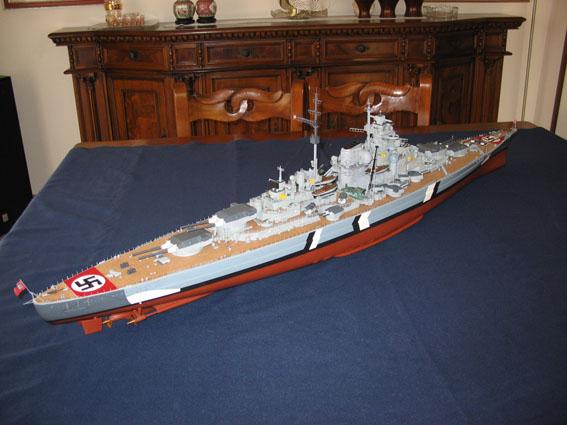 Bismarck amati/hachette scala 1:200 IMG_2372