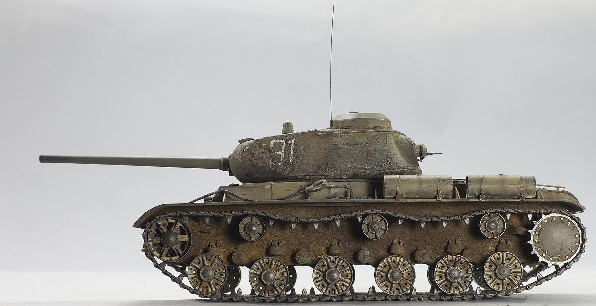 КВ-85. Bronco 1/35. Image