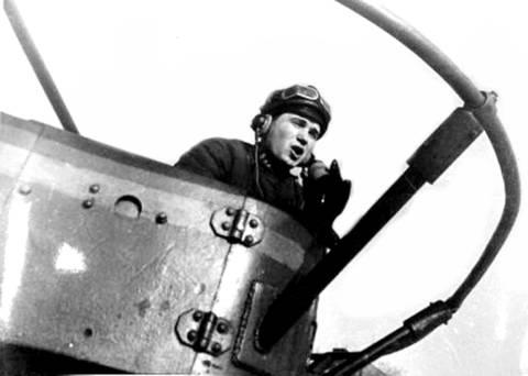 БТ-5 - лёгкий колесно-гусеничный танк 9bIXs