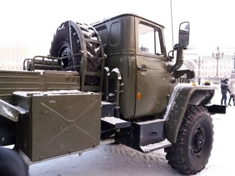 9К51 «Град» - 122-мм реактивная система залпового огня QWlcY