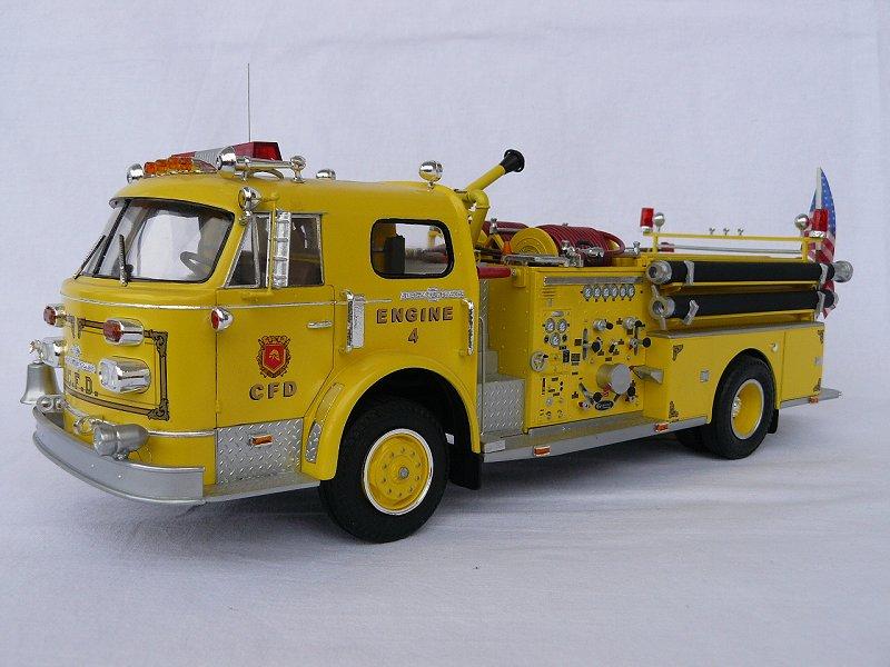 American LaFrance Eagle Fire Pumper 1:25 (Trumpeter) Mbm36gm7