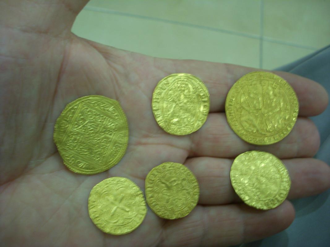 Monedas de oro medievales - Página 2 Image