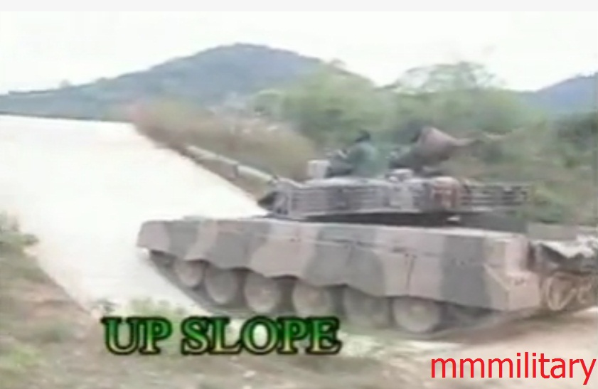 Forces armées birmanes/Myanmar Armed Forces/Tatmadaw - Page 2 Mmmilitary_MBT_2000_5