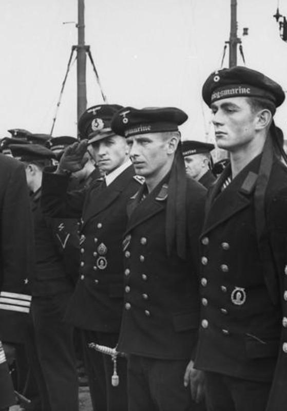 Mis apuntes de WWII - Página 2 Navy_Dagger