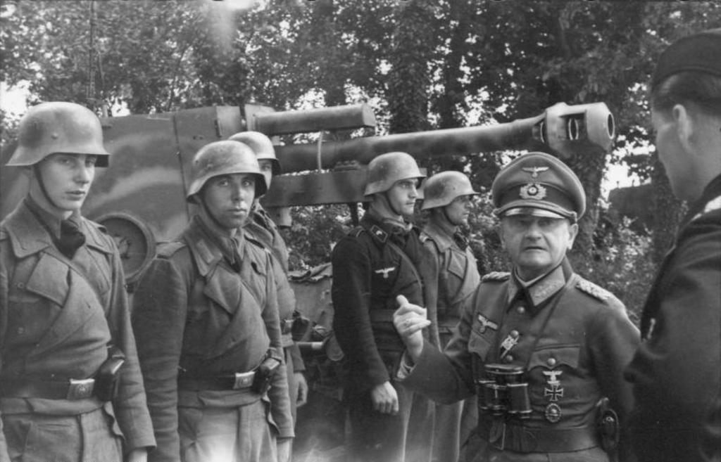 casco - Mis apuntes de WWII - Página 3 Camo_normandy_1