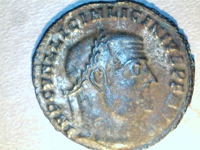 Nummus de Licinio I. IOVI CONSERVATORI. Heraclea. Image