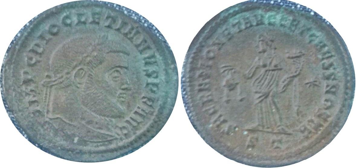 Nummus de Diocleciano. SACRA MONET AVGG ET CAESS NOSTR. Moneda a izq. Ticino Diocle