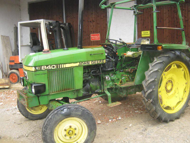 Hilo de tractores antiguos. JD_840