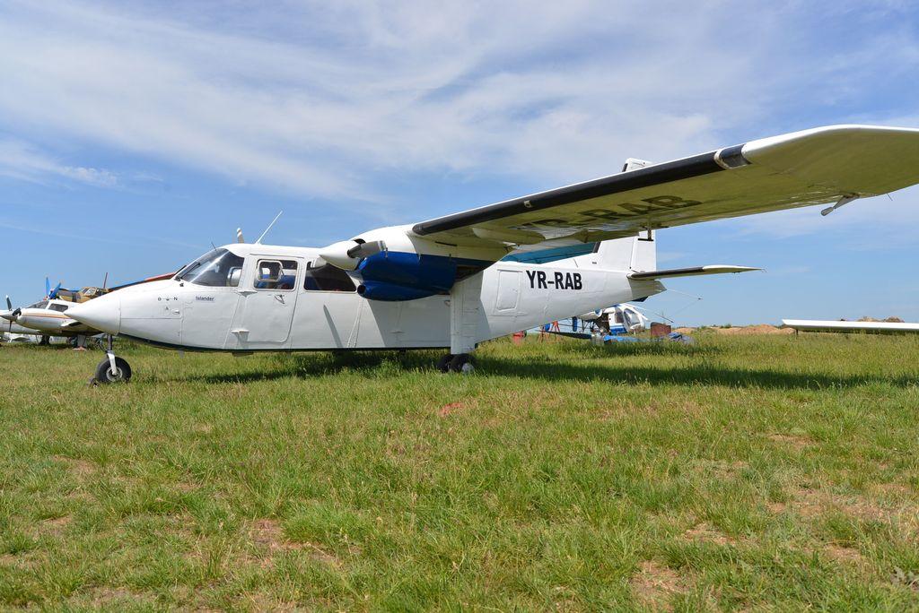Britten-Norman BN-2 Islander - Pagina 2 DSC_1709_1