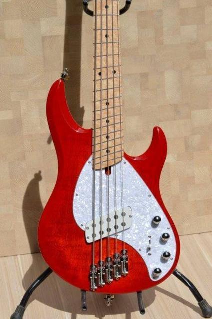 Projeto de baixo na Guidini Guitars (cancelado pela luthieria) - Página 4 11921707_890969897648685_4797957343747537699_n