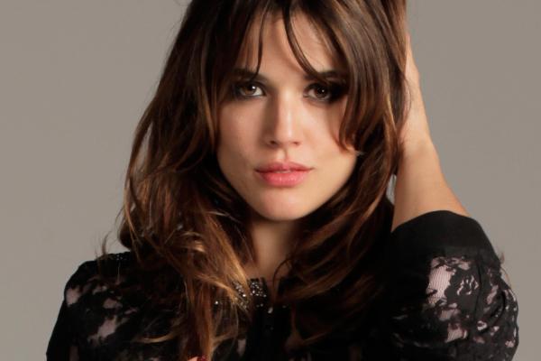Tías de 25 a 34 años Adrianaugarte