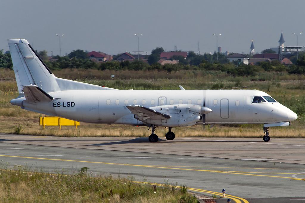Aeroportul Arad - Iulie 2015   DSC_7982sa1200viv