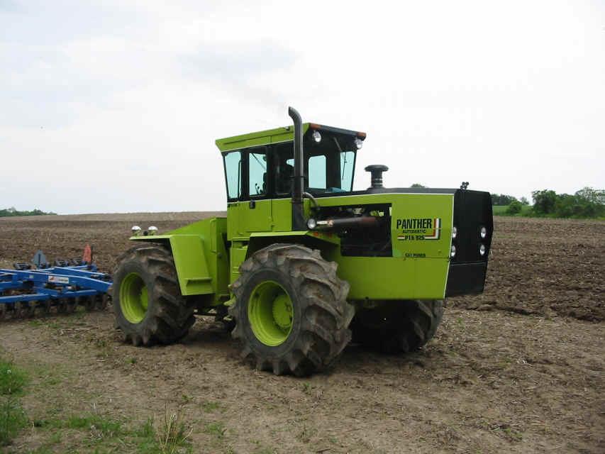 Hilo de tractores antiguos. - Página 3 STEIGER_PANTHER_III_PT350