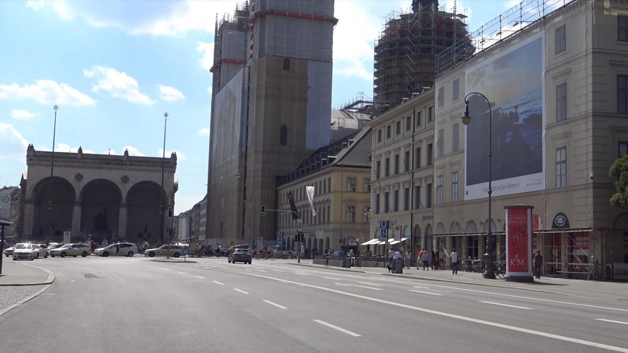 El ayer y el hoy: Berlín Berl_n_-_Feldherrnhalle_-_13-1