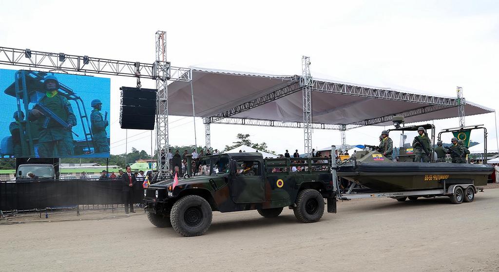 Armée Equatorienne/Fuerzas Armadas del Ecuador - Page 4 0_19