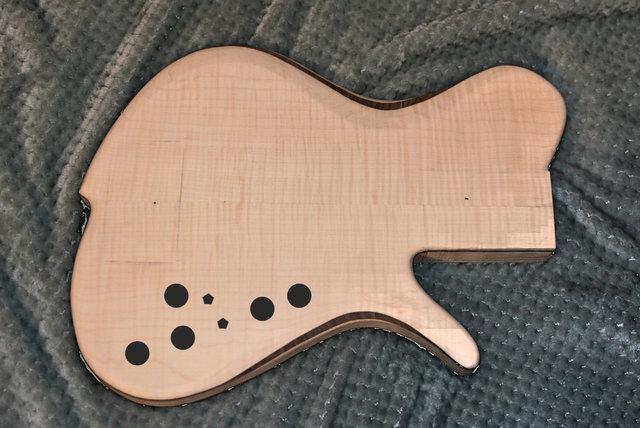 Construção caseira (amadora)- Bass Single cut 5 strings - Página 5 Knobs