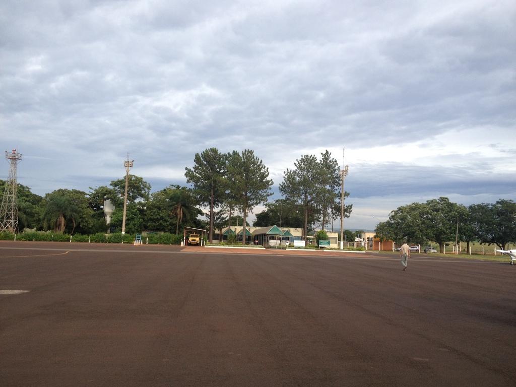 [Pesado] Amarais - Ribeirão Preto - Rio Verde - São Feliz do Araguaia - Sào Felix do Xingú IMG_3283