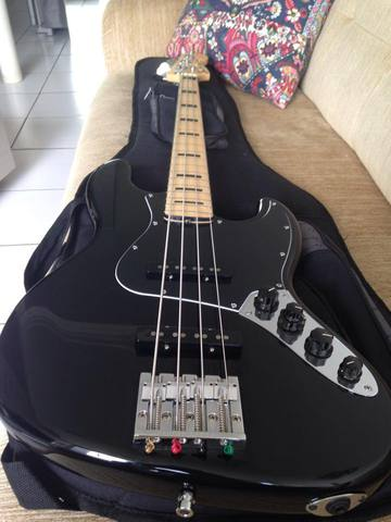 Fender Jazz Bass Signature Geddy Lee - Página 2 Geddy