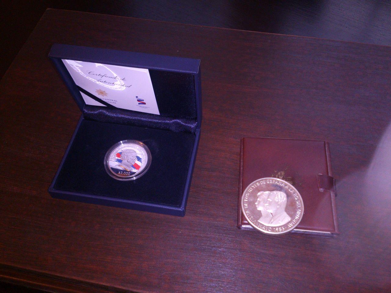 Monedas conmemorativas de Uruguay acuñadas en plata 1961 - Presente. DSC_8965