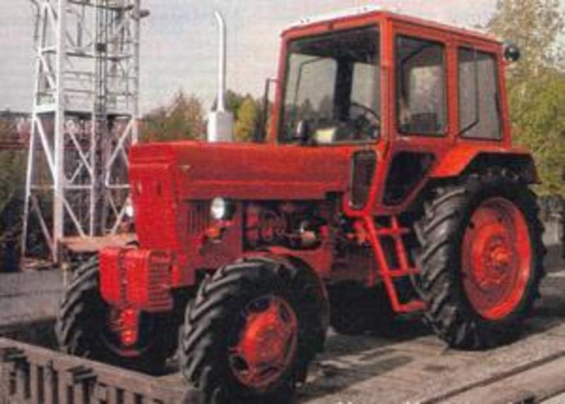Hilo de tractores antiguos. - Página 37 BELARUS_MTZ_82