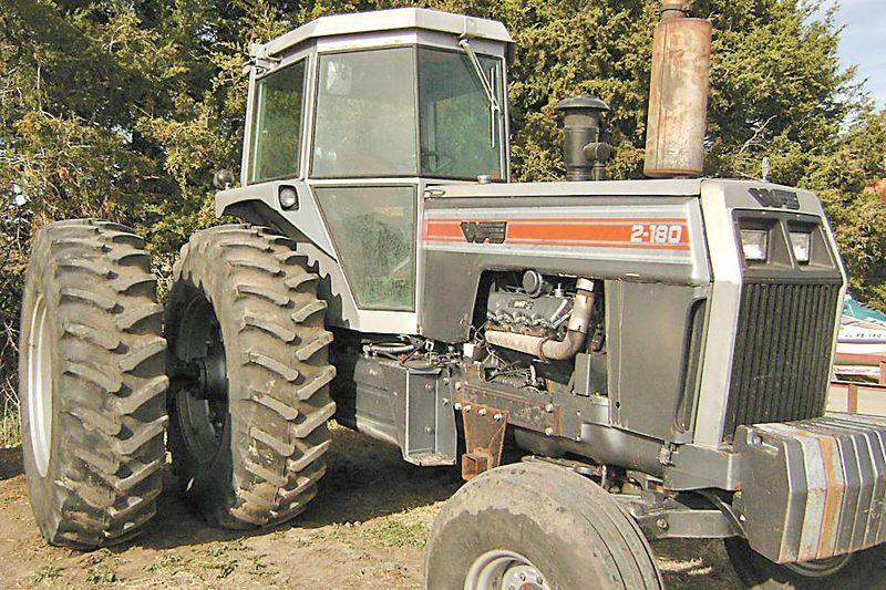 Hilo de tractores antiguos. - Página 4 WHITE_2_180