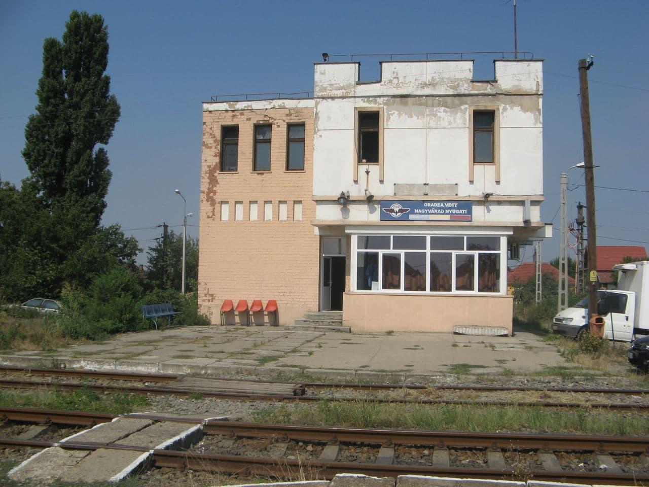 Calea ferată directă Oradea Vest - Episcopia Bihor IMG_0001