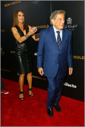 Woman in Gold with Tony Bennett! Woman_in_Gold_30_03_2015_Museum_NY_Brooke_Shield