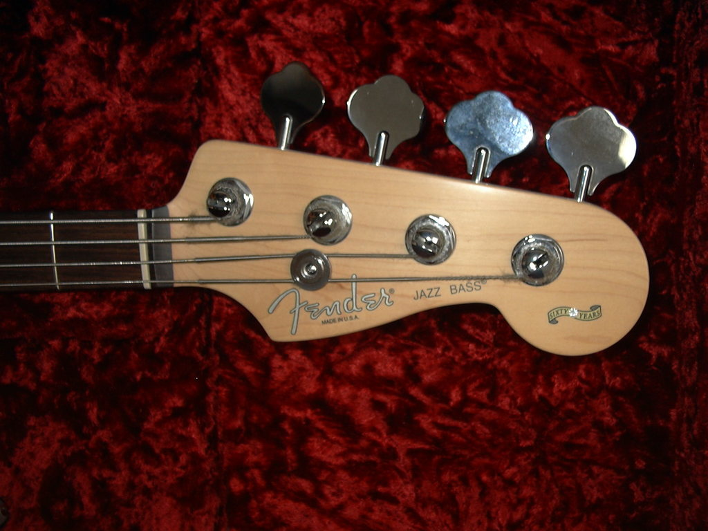 Série Fender Fender_60th_anniversary_american_jazz_bass_3_col