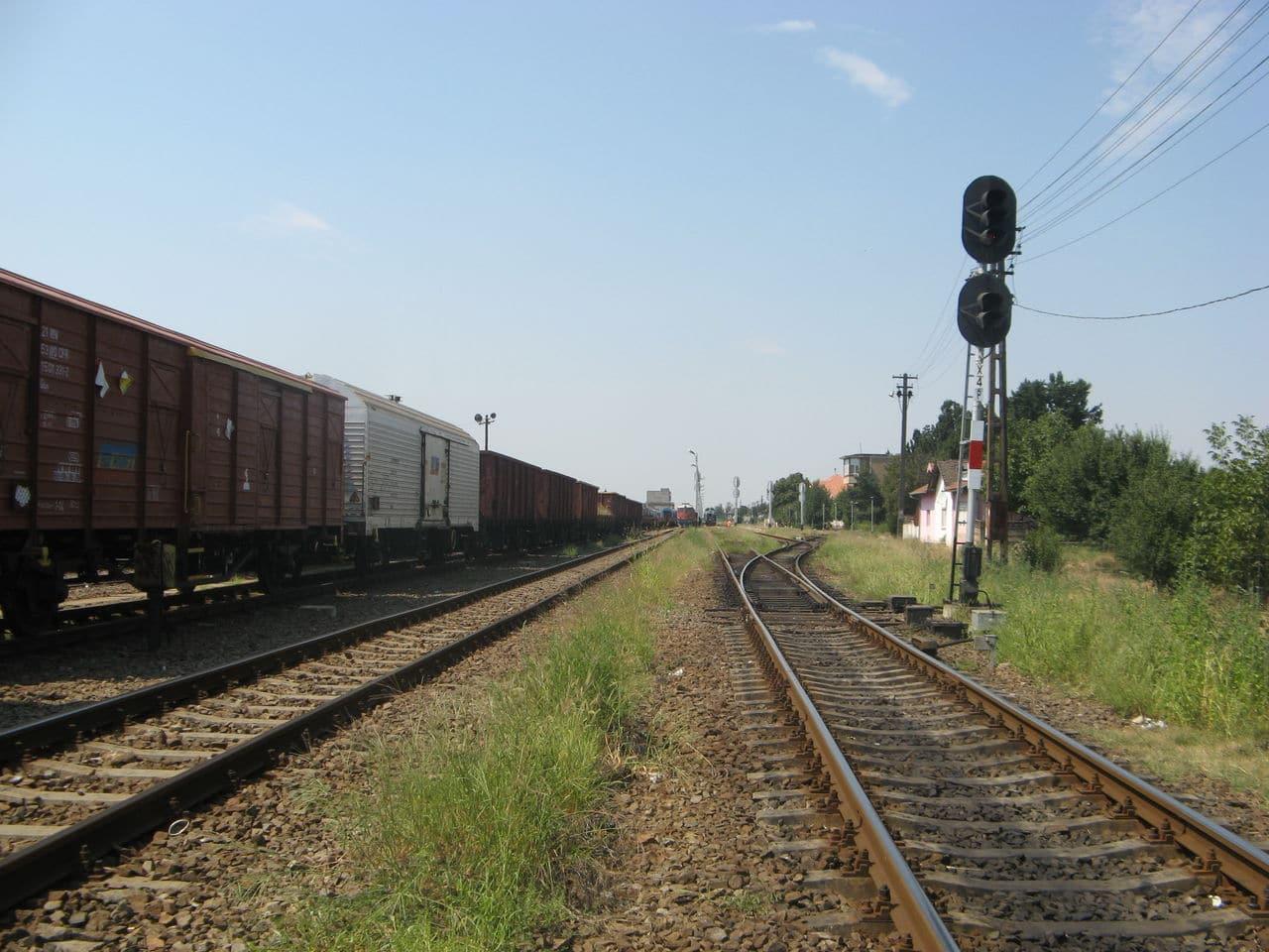 Calea ferată directă Oradea Vest - Episcopia Bihor IMG_0075