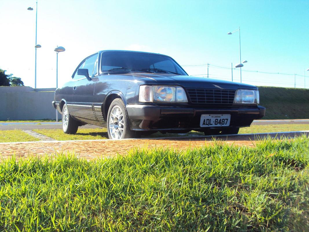 Diplomata Coupe 1988 - 250S Image