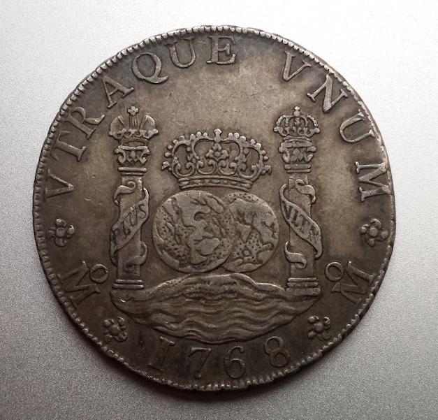 8 reales columnario 1768. Carlos III. México Captura_de_pantalla_2015_02_11_a_les_19_48_19