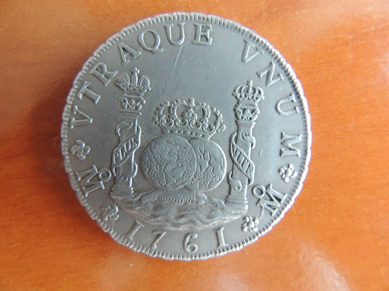 """8 reales """"columnarios"""" 1761. Carlos III. Méjico. (Regalo de bodas). DSCN1000"""