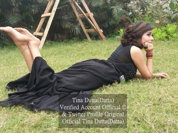 ტინა დუტა / Tina Dutta - Page 3 Be5k0y1_CEAAf_Wpi