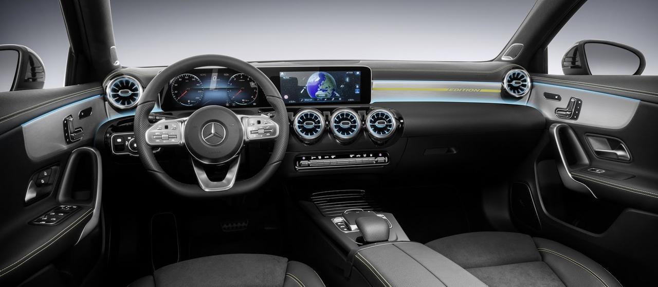 novo classe A 2018 começa ser revelado 2018-_Mercedes-_A-_Class-5