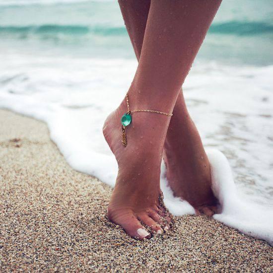 Nakit - Page 2 Beach-beautiful-bracelet-legs-Favim.com-1044363