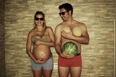Što biste radili s osobom iznad, prikaži slikom - Page 4 Boy-couple-crazy-cute-Favim.com-1198256