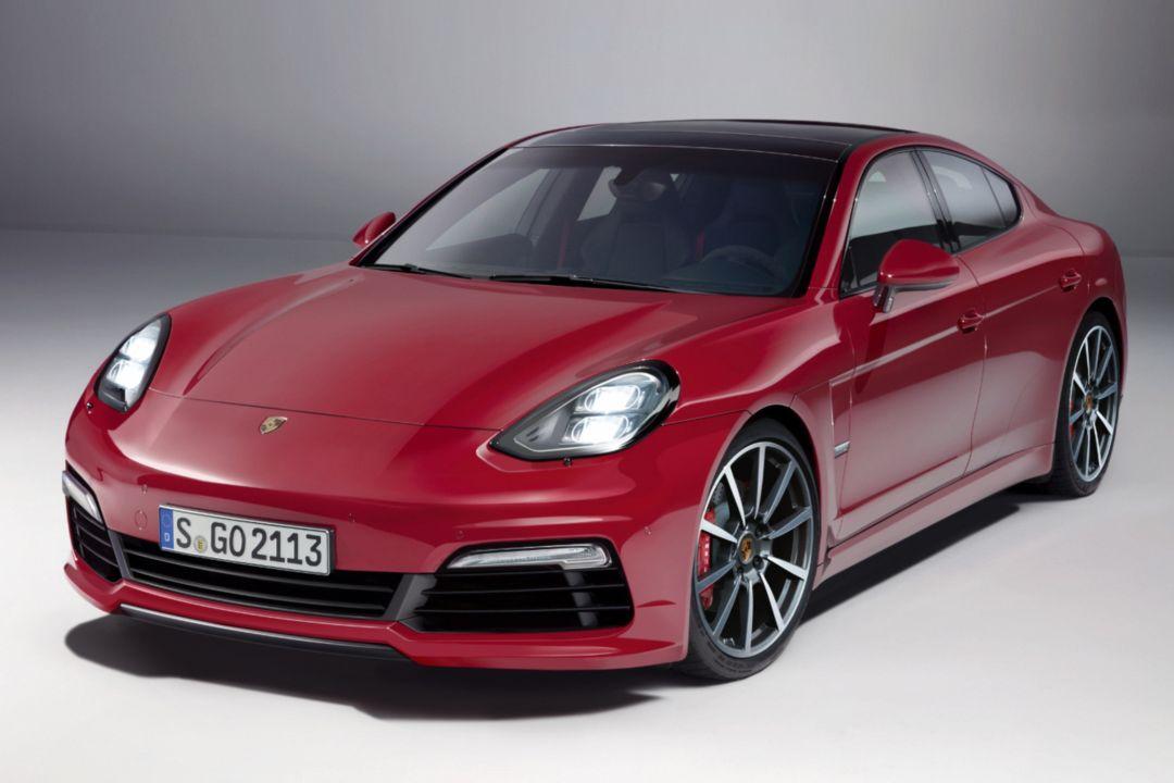 2016 - [Porsche] Pajun (mini Panamera) - Page 2 Porschepajunautobildlarson100512_655045120698329