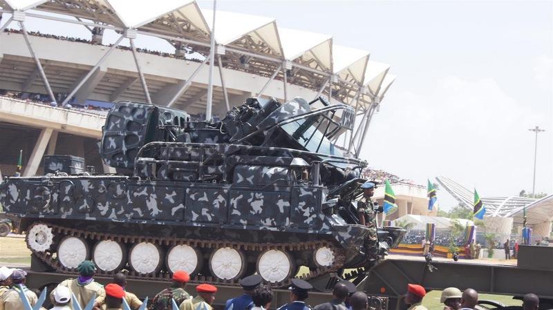 Armée tanzanienne / Tanzania Peoples' Defence Force ( TPDF ) DSC05074_28_Large_29